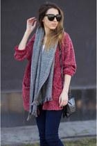 navy Zara jeans - Aldo shoes - Zara bag - Celine sunglasses