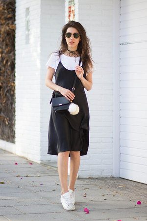 white Massimo Dutti sneakers - black DIY dress - black Zara bag