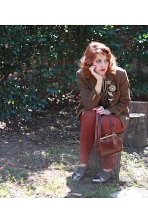 vintage blazer - vintage bag - thrifted vintage blouse - Cooperative flats