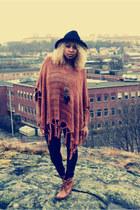 H&M boots - Stradivarius hat - GINA TRICOT tights - GINA TRICOT cape - H&M neckl