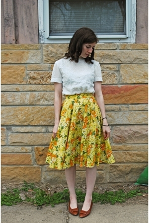 brown vintage shoes - yellow skirt - white blouse