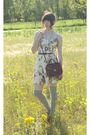White-dress-gray-stockings-brown-shoes-brown-purse