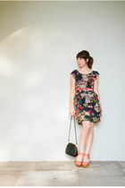 black vintage bag - navy GOInternational dress