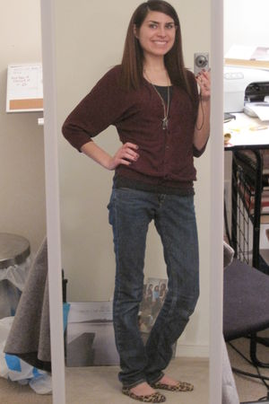 H&M cardigan - blue Denim Lab jeans - black Old Navy top - American Eagle neckla