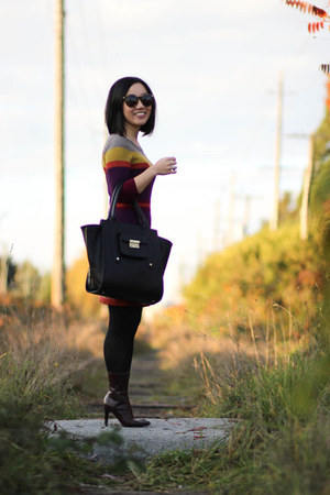 maroon sweater Loft dress - dark brown leather Nine West boots