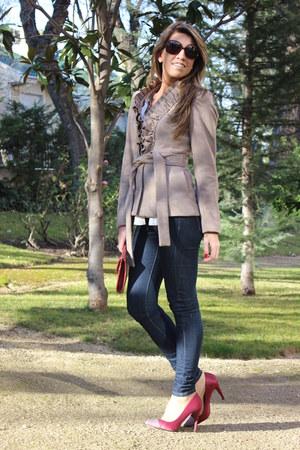 tan H&M coat - navy Mango jeans - brick red Nine West purse