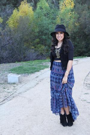 boots - hat - skirt - vest