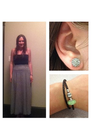 white J Crew skirt - black Luxe top - silver Hilbery & Berk earrings
