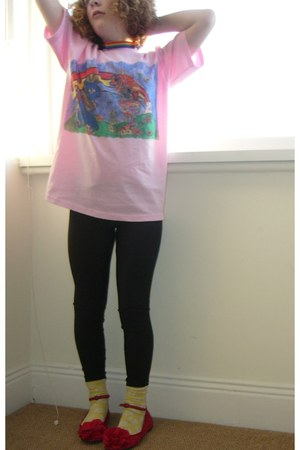 red my little pony rainbow t-shirt - black shiny leggings