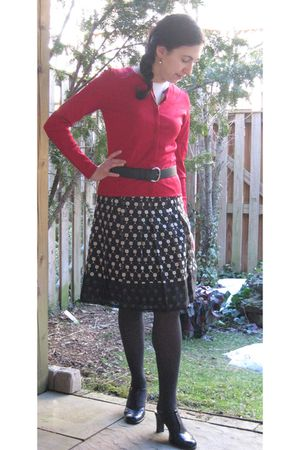 red sweater - black skirt