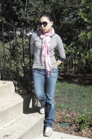 blue Gap shirt - pink scarf - Diesel jeans