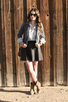 blue denim Gap jacket - camel Frye boots - light blue chambray madewell shirt