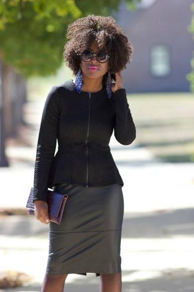 faux leather Forever 21 skirt - long Bebe earrings