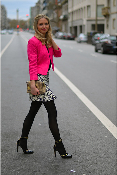 black leopard Zara skirt - hot pink print Primark jacket