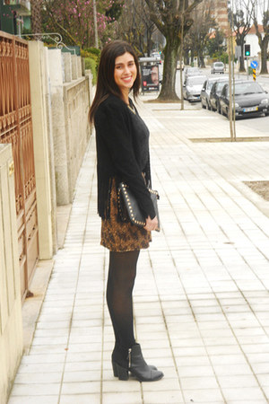 black fringed Zara jacket - black H&M boots - black Zara shirt