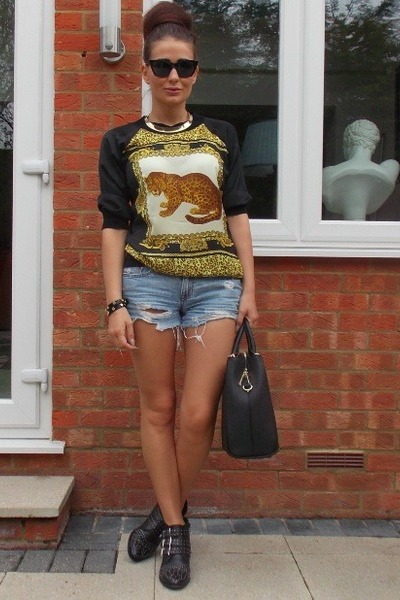 Zara sweater - Office boots - abercrombie and fitch shorts