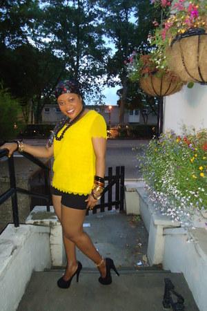 chiffon blouse - shorts