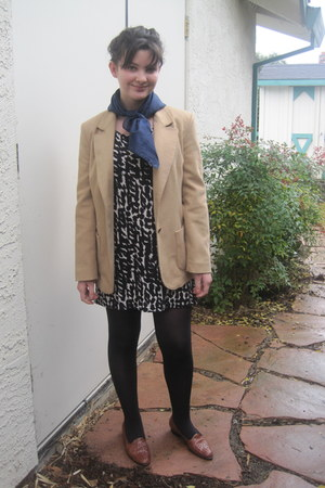 tan thrifted blazer - black patterned H&M dress - navy swiss dot scarf