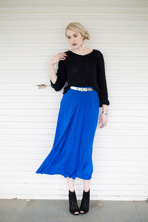 blue silk vintage skirt - black thrifted sweater