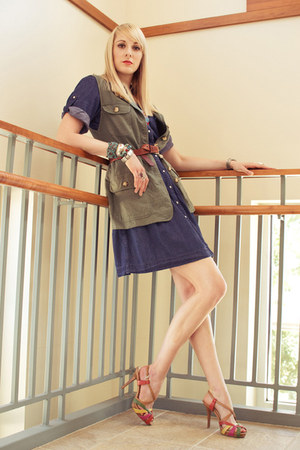 navy denim unknown dress - army green cargo thrifted vest - brown Nine West heel