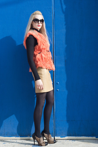 carrot orange fur thrifted vest - black leopard print unknown boots