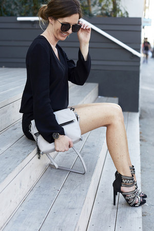 heather gray crossbody botkier bag - black chic wonderland sunglasses