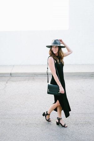 black black Jenessa Leone hat - clutch Naked Vice bag