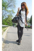 black Marc by Marc Jacobs bag - H&M leggings - Alexander McQueen scarf