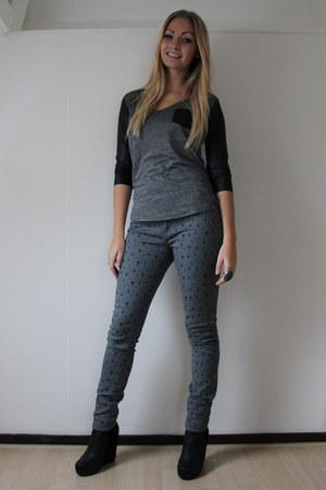 Primark pants - Zara top - Nelly wedges