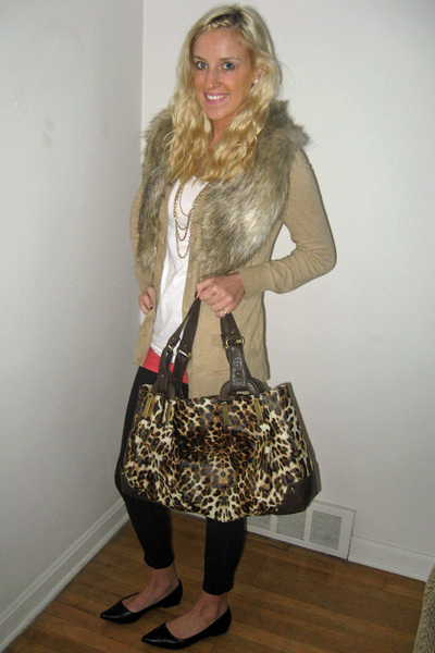 H&M - Old Navy sweater - Jessica Simpson collection purse - wal-mart shoes - H&M