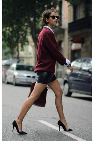 black leather skirt Forever 21 shirt - blue denim H&M shirt - crimson Zara bag