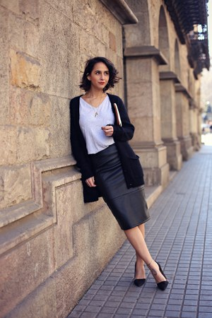 black asos shirt - dark brown Elisa Cortés bag - black Twist & Tango cardigan