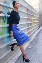 black crop top Zara top - navy midriff asos skirt