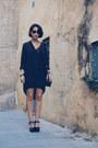 Black-twist-tango-blouse