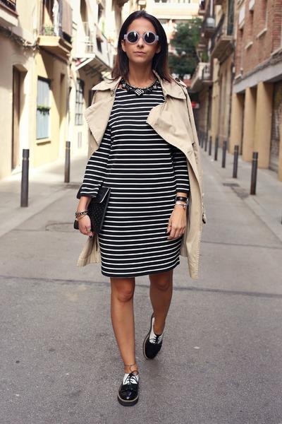 Vila dress white and black