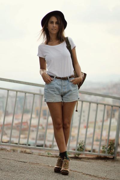 H&M hat - Zara t-shirt - Aldo heels