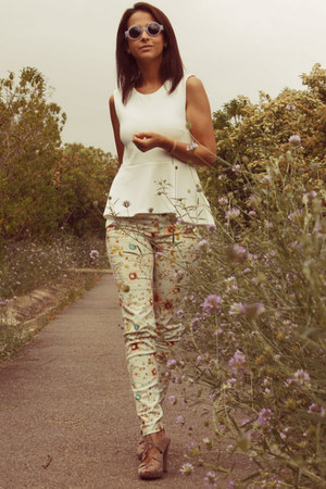 peplum H&M top - round H&M sunglasses - floral print pull&bear pants