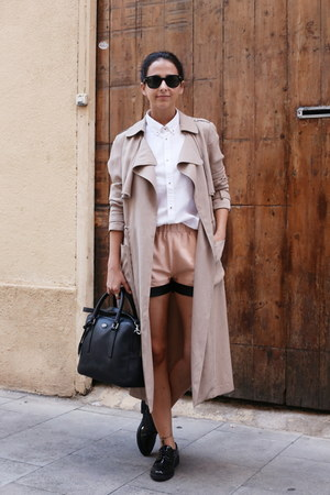 light brown twist&tango coat - black Tous bag - light pink Craie shorts