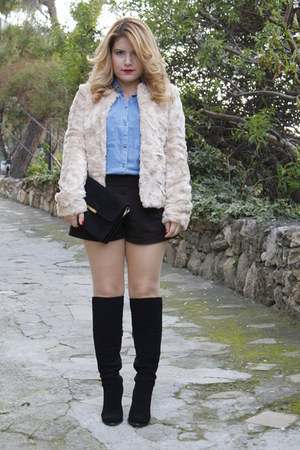 sky blue denim Zara shirt - cream faux fur Mango jacket - black suede Mango bag