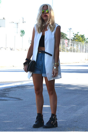 white Sheinside vest - black buckled Choies boots - navy chicnova shorts