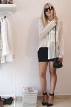 off white Zara shirt - black chain bag asoscom bag - black Zara sandals