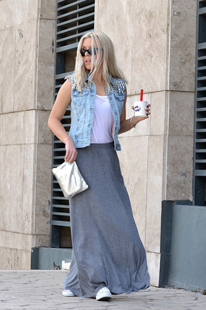 white sneakers Converse skirt - heather gray maxi H&M skirt - silver H&M bag