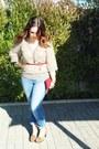 Blue-zara-jeans-beige-vintage-zara-blouse-red-vintage-mango-belt