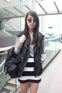Gold-random-from-hong-kong-hat-black-a-land-bag-black-h-m-vest