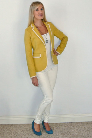 yellow banana republic blazer - white Express pants