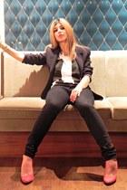 black Pull-it jeans - black moms jacket - pause asos t-shirt - red Zara heels