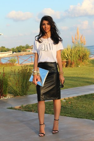 leather custom made skirt - hologram Tiffany bag - Zara sandals