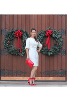 red vintage bag - off white vintage dress - ruby red leggings
