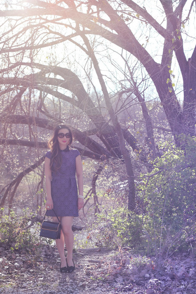 black similar vintage purse - violet warehouse dress - brown Prada sunglasses