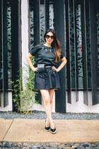 black leather Chanel belt - dark brown Prada sunglasses